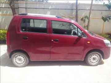 Wagon R LXI Red Color CNG Fitted City mileage of 25 km 2011 model excellent condition
