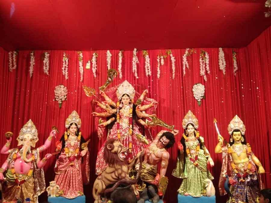 Lal Bunglow Durga Puja