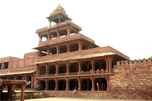 One Day Trip from Agra to Fatehpur Sikri