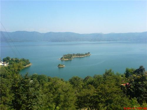 Gobind Sagar Lake and Game Sanctuary