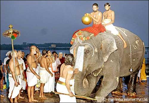 Ammamandapam Early Morning Ceremony
