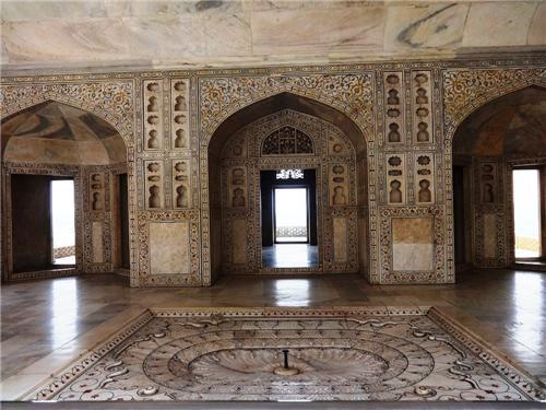 sheesh mahal Agra Fort