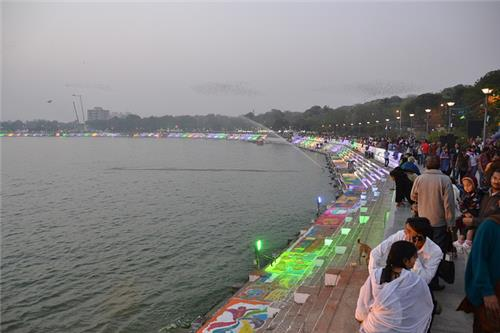 Magnificent Locaton of Kankaria Lake in Ahmedabad