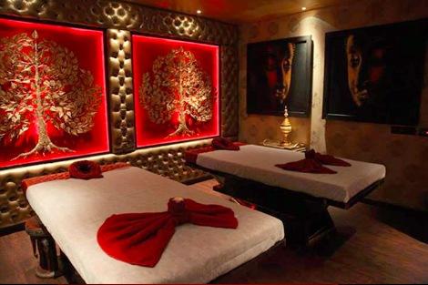Calm and Plush Interior of Aura Thai Spa in Ahmedabad