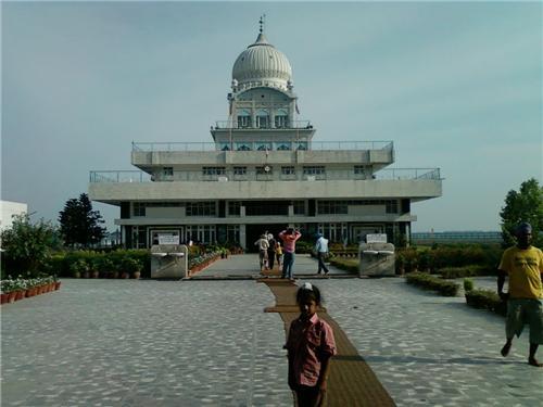 Gurudwara Tibbi Sahib in Rupnagar