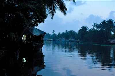 http://im.hunt.in/cg/Alappuzha/City-Guide/m1m-tourism.jpg