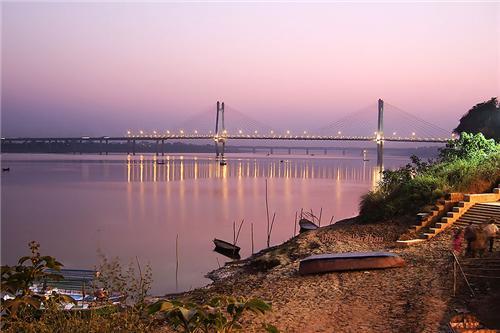 bridge in Allahabad
