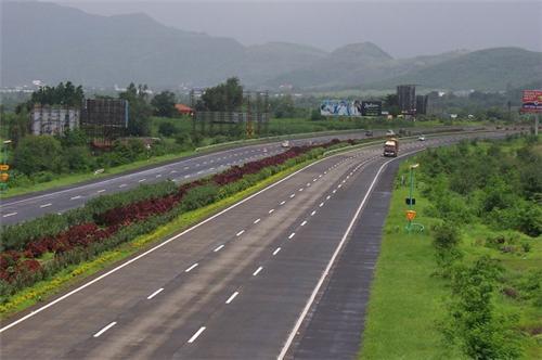 National-Highway-to-Mumbai