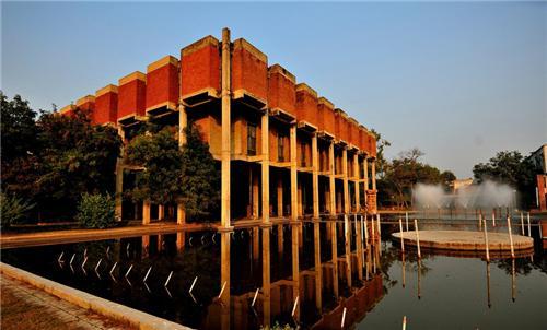 Varanasi Weekend Getaway Allahabad