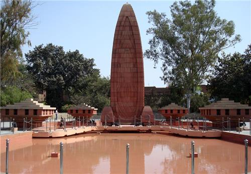 Memorial at Jallianwala Bagh