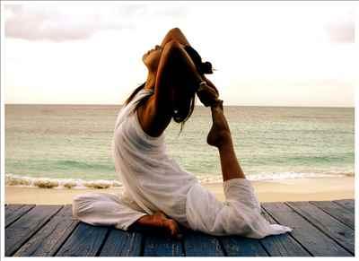 http://im.hunt.in/cg/Andhra/Kakinada/City-Guide/m1m-Yoga.jpg
