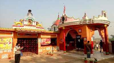 http://im.hunt.in/cg/Asansol/City-Guide/m1m-ghagar-buri-chandi-temple.jpg