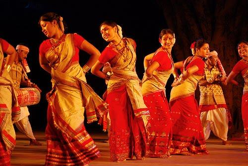 Dances in Bihu
