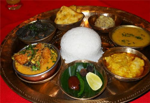 Food of assam top delicacies of assam assamese thali for Assamese cuisine in delhi
