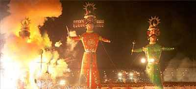 http://im.hunt.in/cg/Bahadurgarh/City-Guide/m1m-dussehra.jpg
