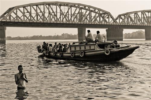 Boats to Bally