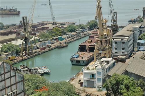 About Dahej Port