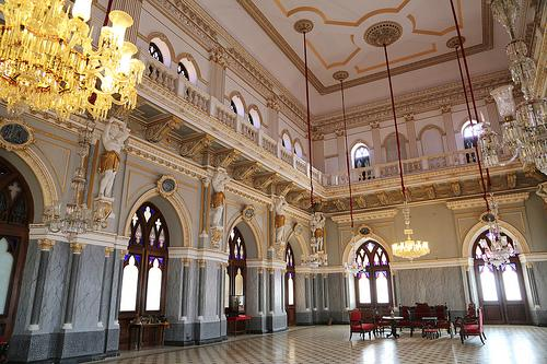 Halls inside the Prag Mahal