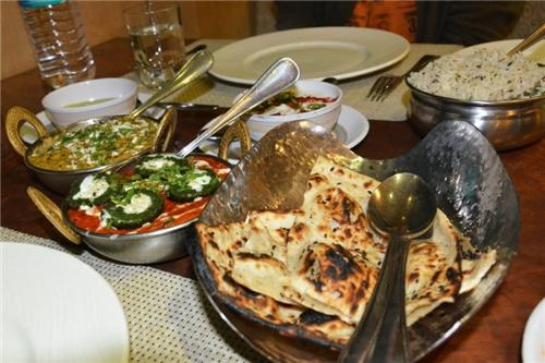 Restaurants in Bhuj
