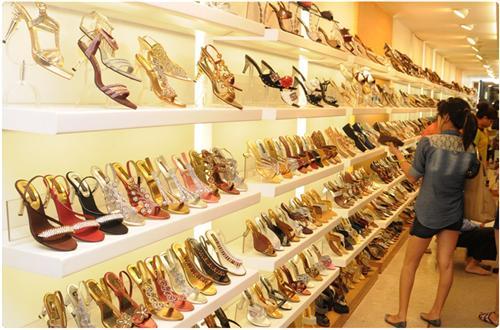 Footwear Shopping in Begusarai