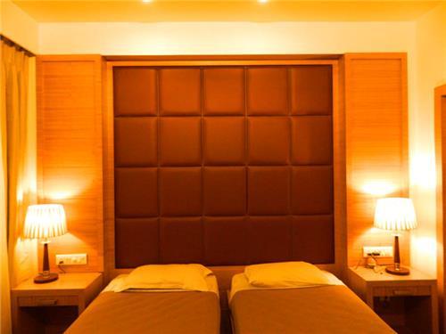 Hotel in Bhabua