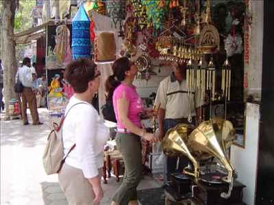 Shopping markets in Bishnupur