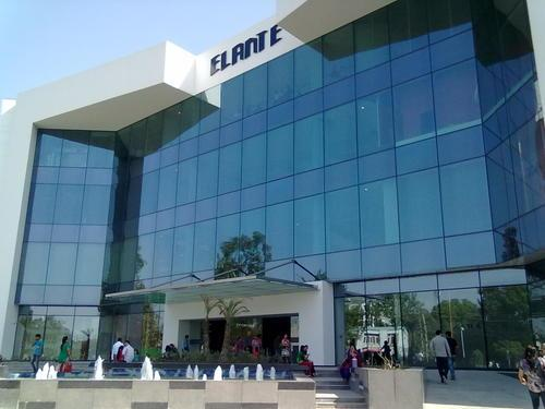 Entertaining and Modern Elante Mall for family getaways in Chandigarh