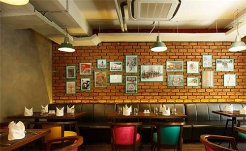 Ambiance of Ciclo Cafe in Chennai