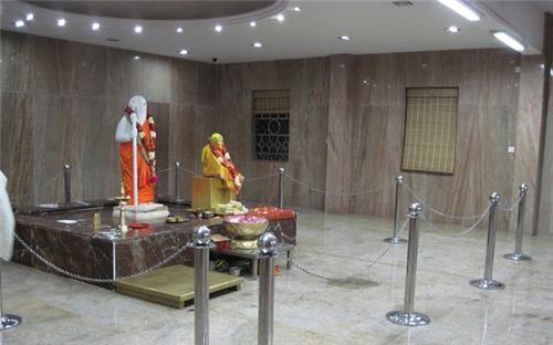 Narsimha Swami ji Idol at Sai Baba Temple in Mylapore
