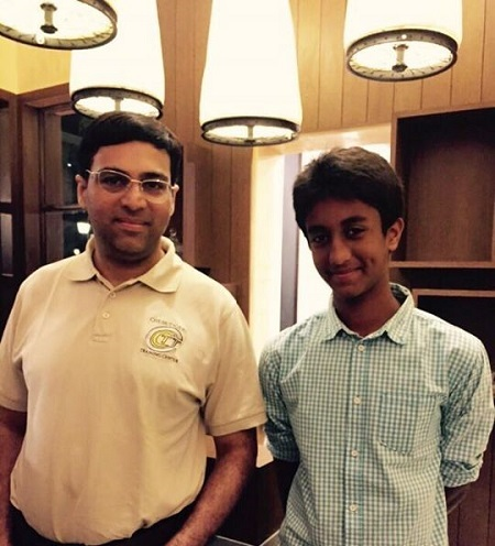 Viswanathan Anand at the Ciclo Cafe