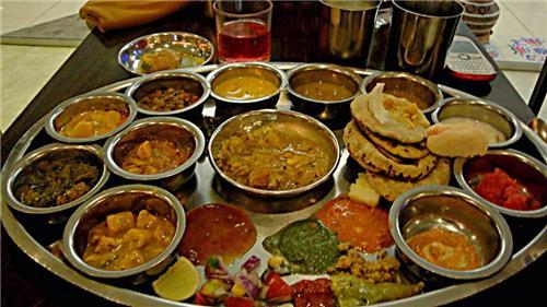 Eateries in Churu