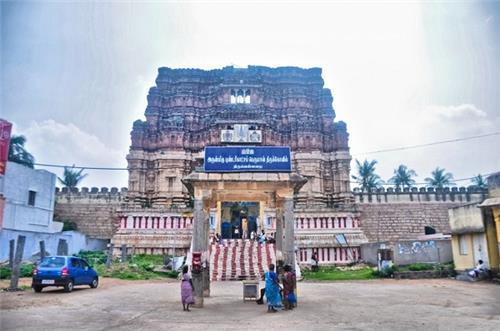 Thiruvellarai Sri Pundarikakshan Perumal Temple Tower