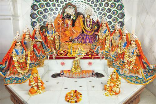 Radha Ras Bihari Ashta Sakhi Mandir