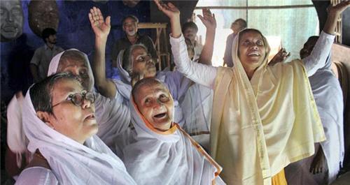 Society in Vrindavan