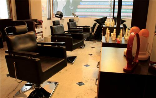 Beauty Parlours in Nanded