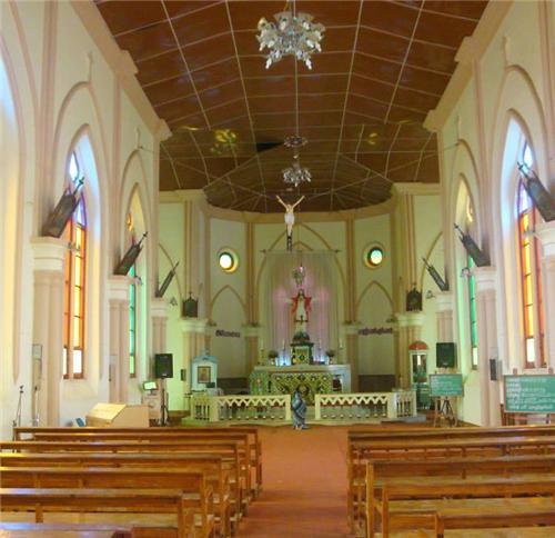 Churches in Salem