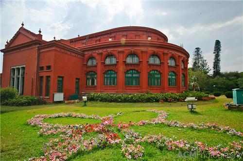 Sheshadri Iyer Memorial Hall