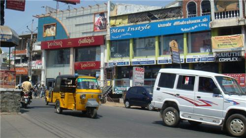 Maruthi Complex