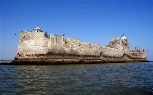 Forts in Diu