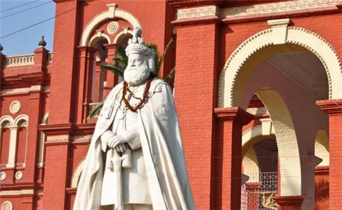 Laxmiswar Singh Museum in Darbhanga