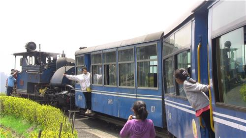 Enjoy Toy Train Ride with Family at Darjeeling