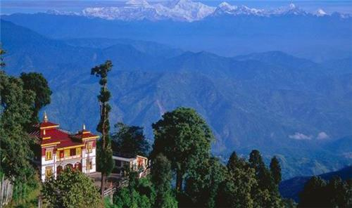Places to Visit with Family in Darjeeling