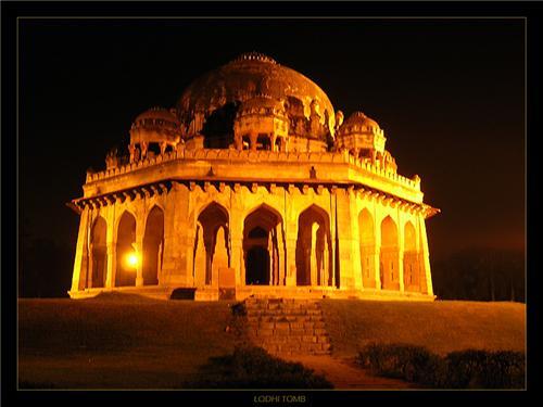 Lodi Tomb in Delhi