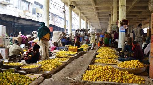 Famous wholesale markets in Delhi