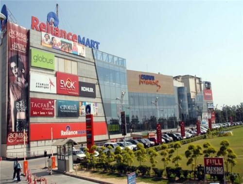 shopping mall iin faridabad