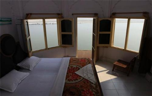 Guest Houses in Faridabad