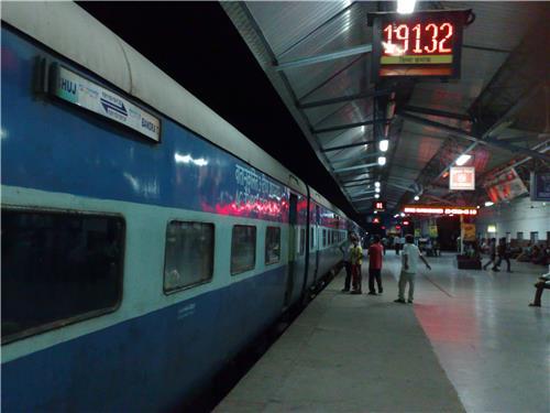 Trains Passing Through Gandhidham
