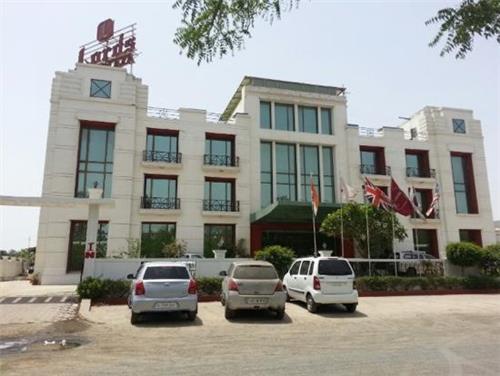 Three Star Hotel in Gandhidham