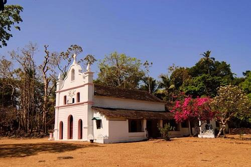 Cabo Chapel Fort in Canacona