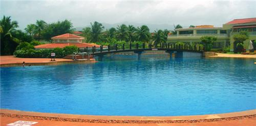 The Lalit Golf resort and Spa
